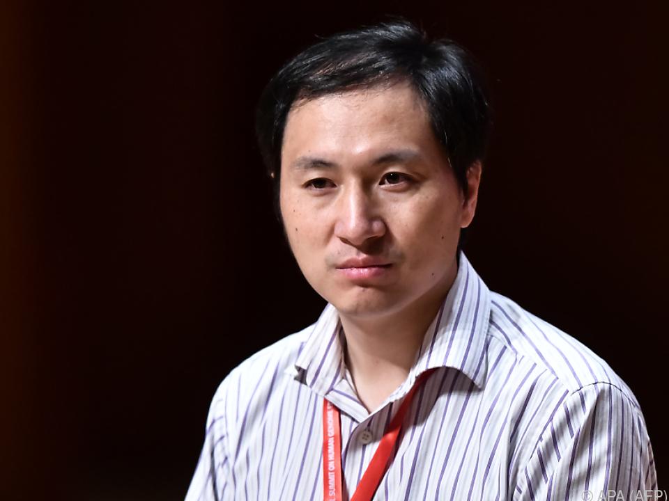 He Jiankui muss ins Gefängnis
