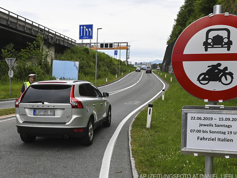 Italiens Verkehrsministerin will gegen fahrverbote in Tirol vorgehen