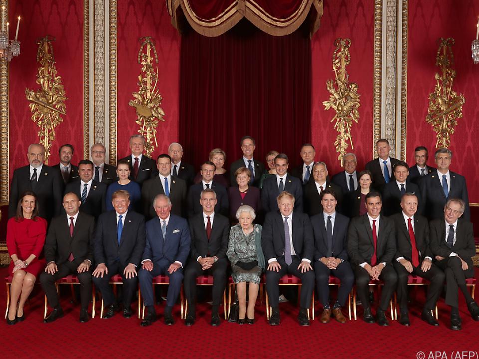 Offizielle Eröffnung des Gipfels mit einem Empfang bei der Queen