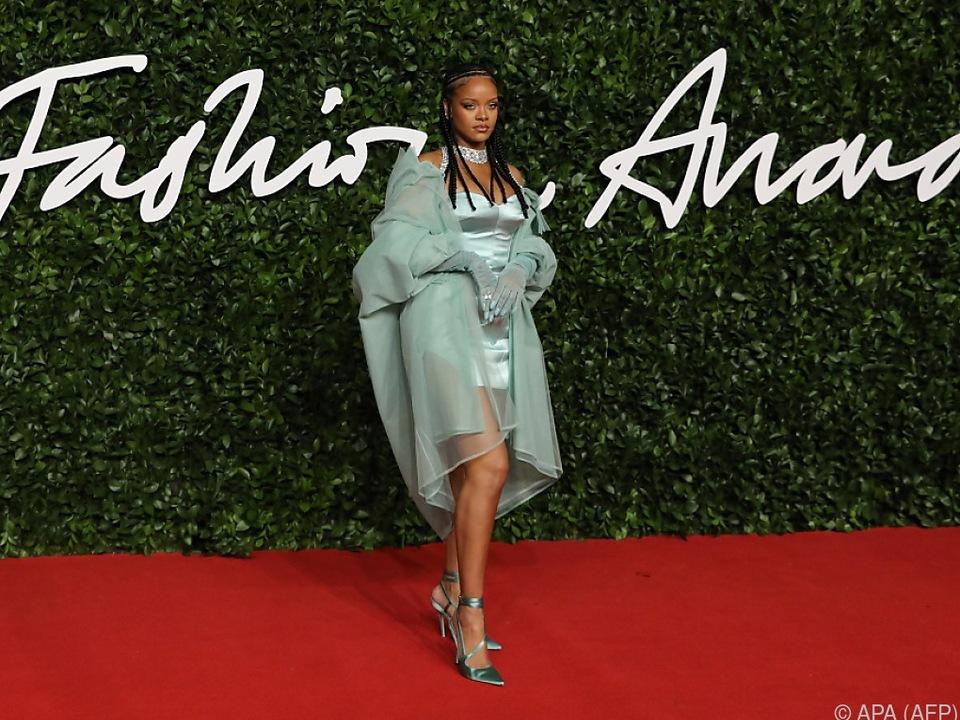 Rihanna in der Kategorie \