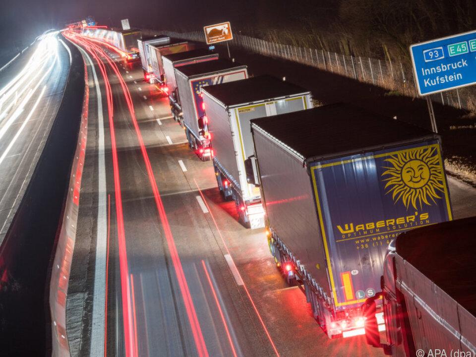 Verbesserungen für Lkw-Fahrer bei Ruhezeiten