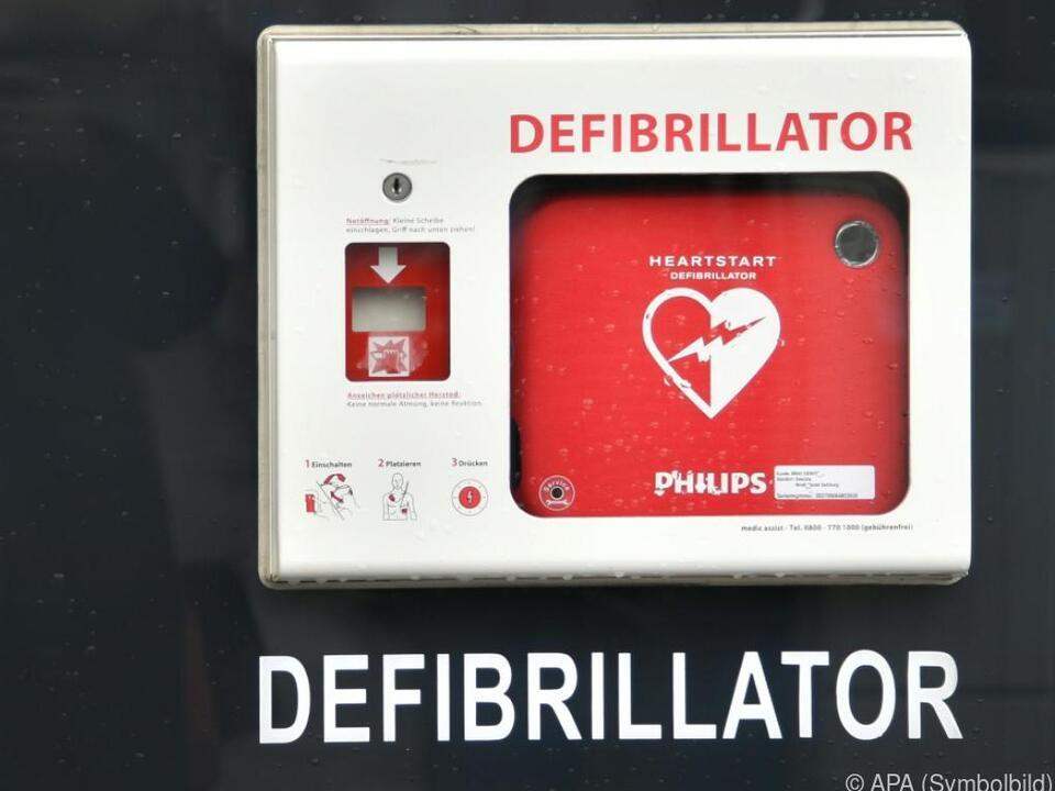 69-Jähriger ließ Defibrillator mitgehen