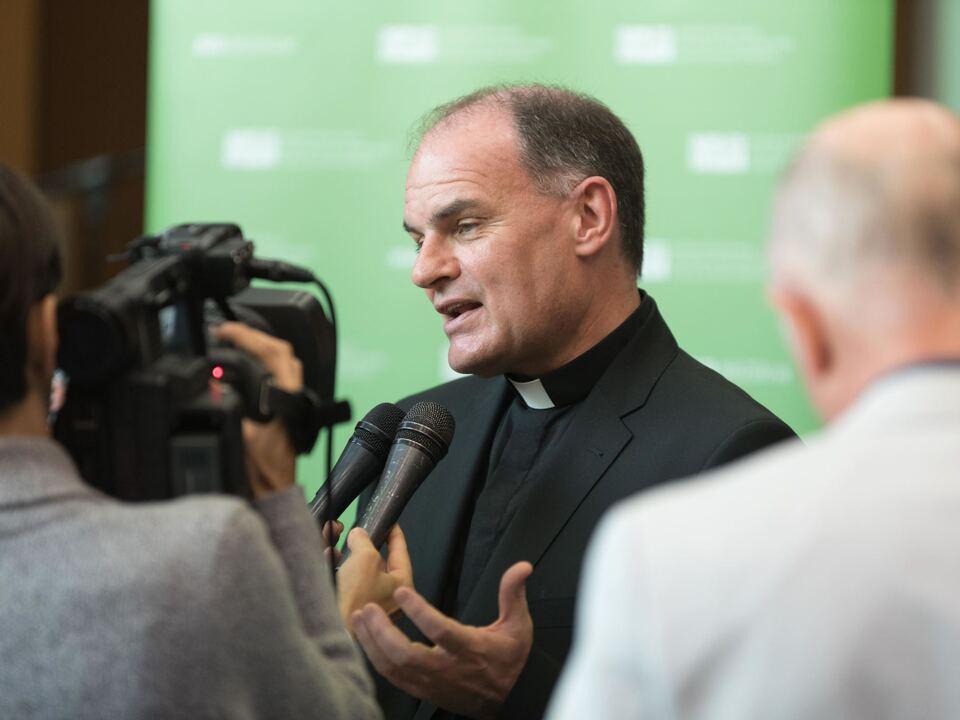 Bischof-Medien