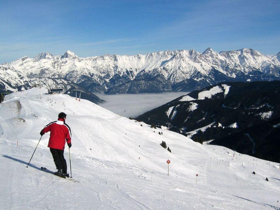 Das Verletzungsrisiko beim Skifahren ist hoch