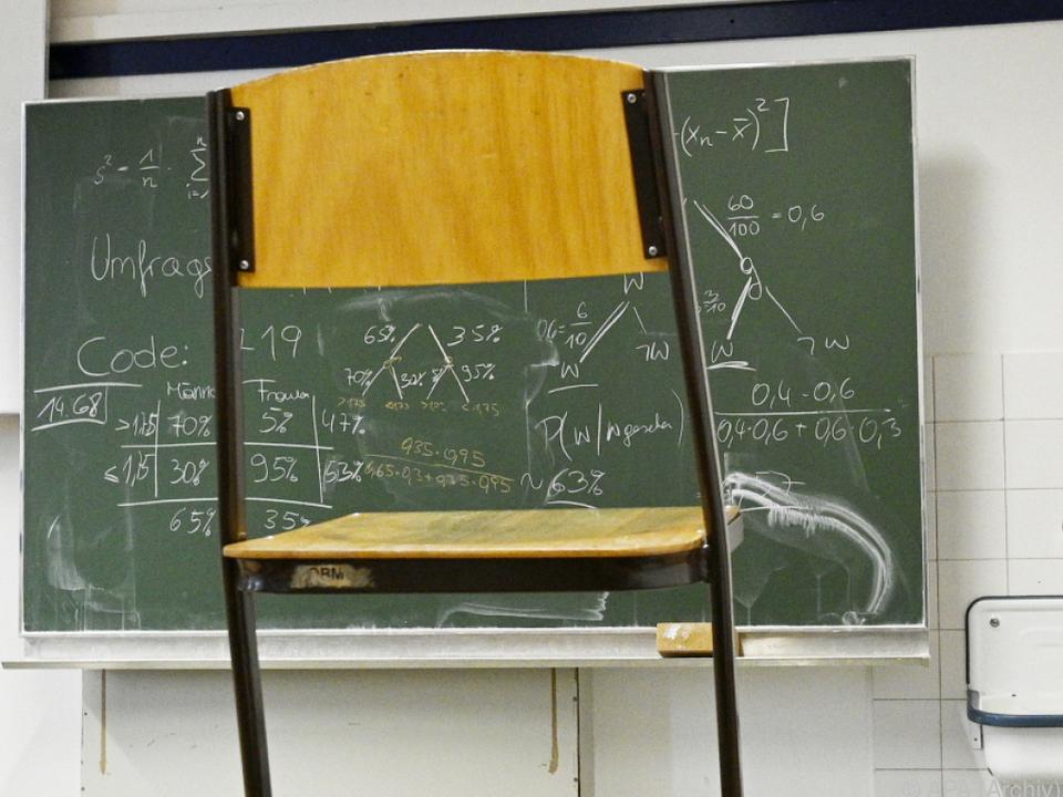 Es fehle eine Schulkultur, in der das soziale Umfeld integriert wird
