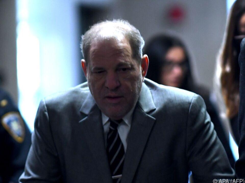 Harvey Weinstein: Mutmaßliches Opfer Jessica Mann bricht zusammen