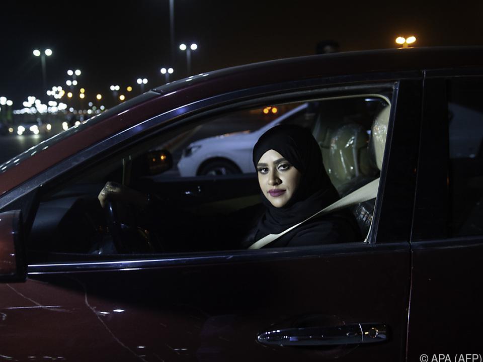 Frauen dürfen in Saudi Arabien erst seit 2018 Autofahren