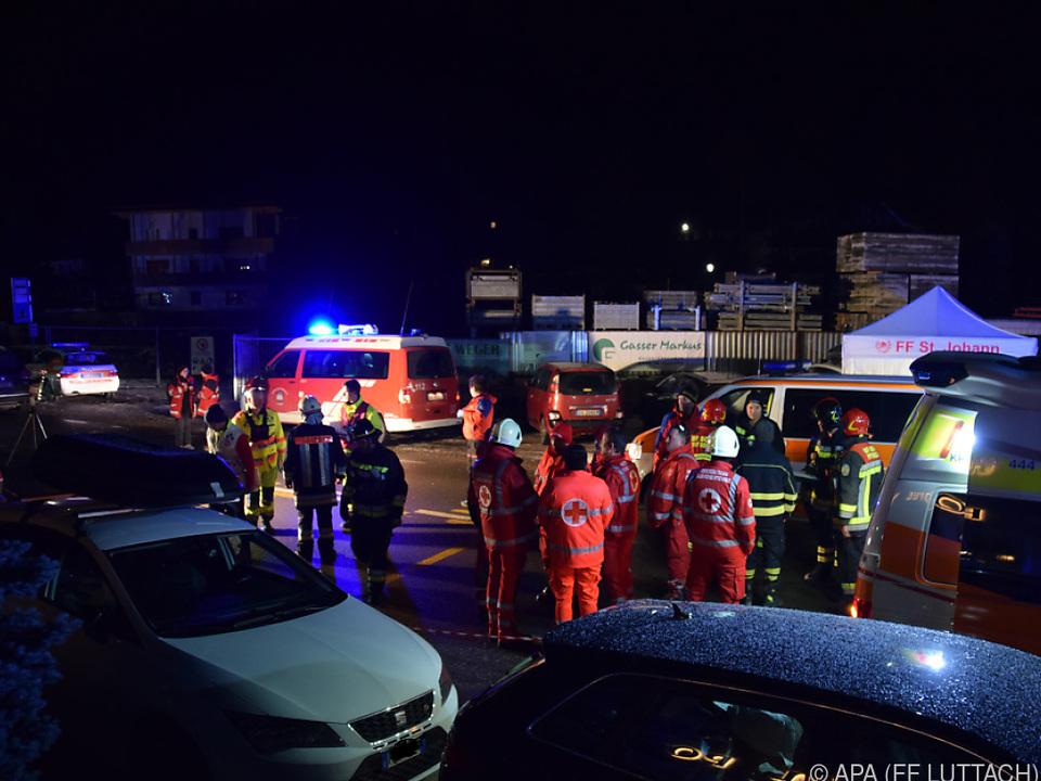Großeinsatz der Rettungskräfte in der Ortschaft Luttach
