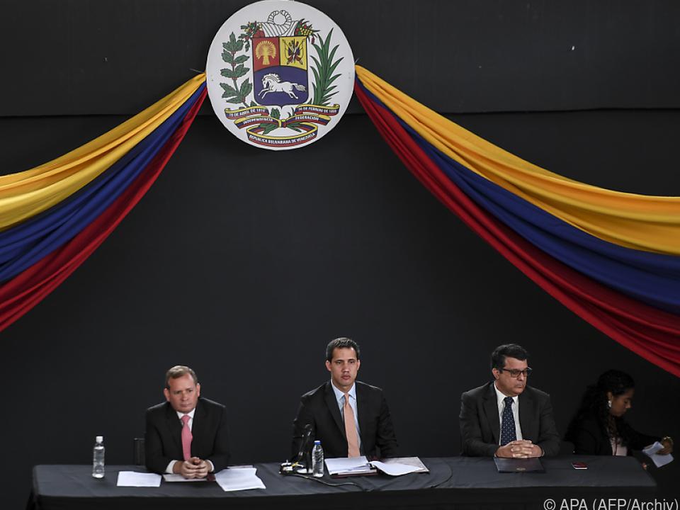 Guaidó reiste trotz Verbots nach Kolumbien
