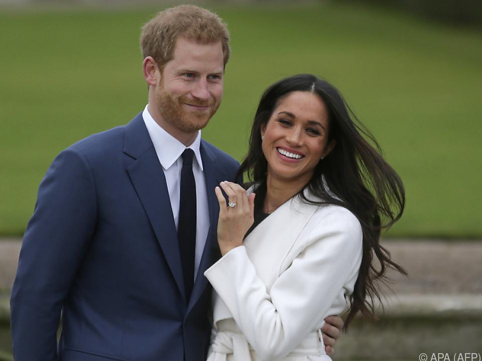 Harry und Meghan wollen sich vom Königshaus abnabeln