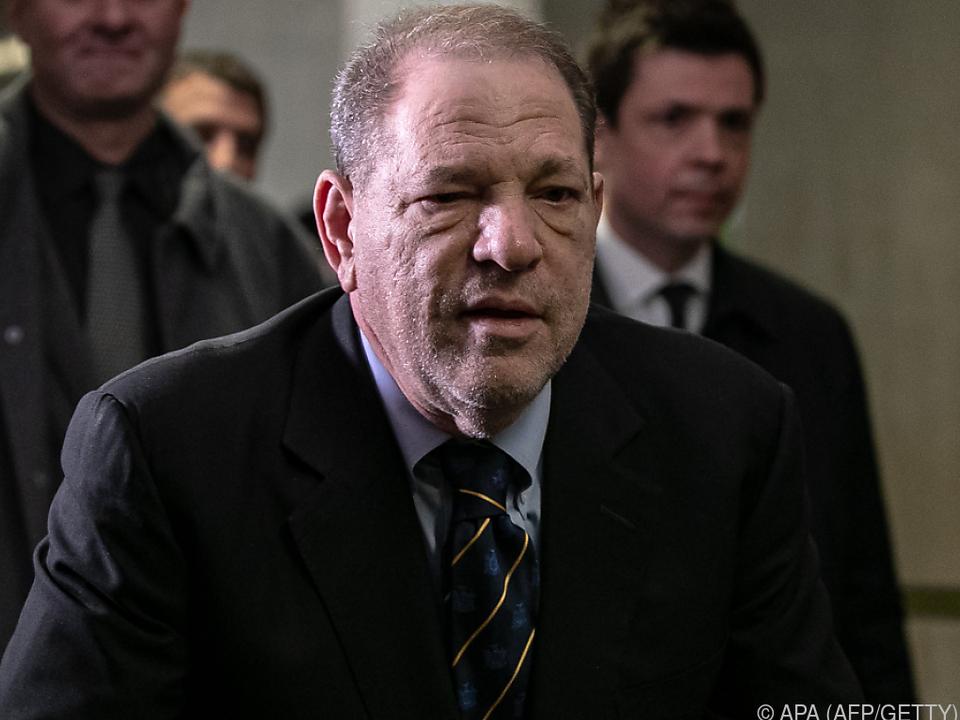 Harvey Weinstein vor dem Prozesstermin am Freitag