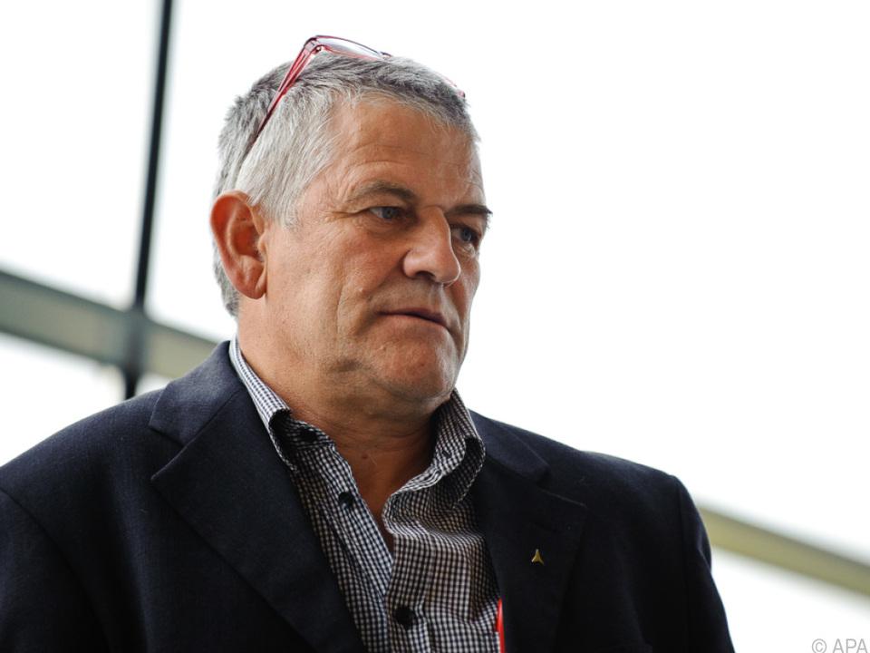 Mayer wird vorgeworfen, Sportlern mit Dopingmitteln versorgt zu haben