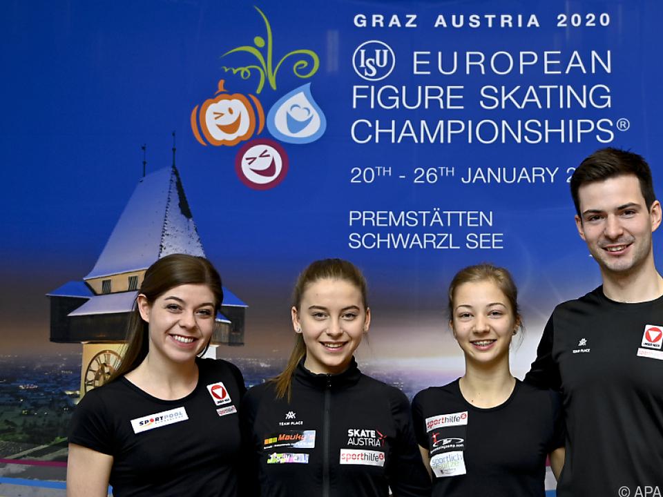 Miriam Ziegler, Stefanie Pesendorfer, Olga Mikutina und Severin Kiefer