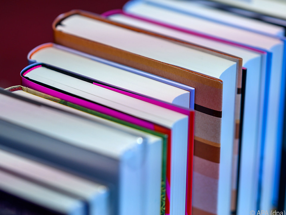 Österreicher lesen wieder mehr Bücher
