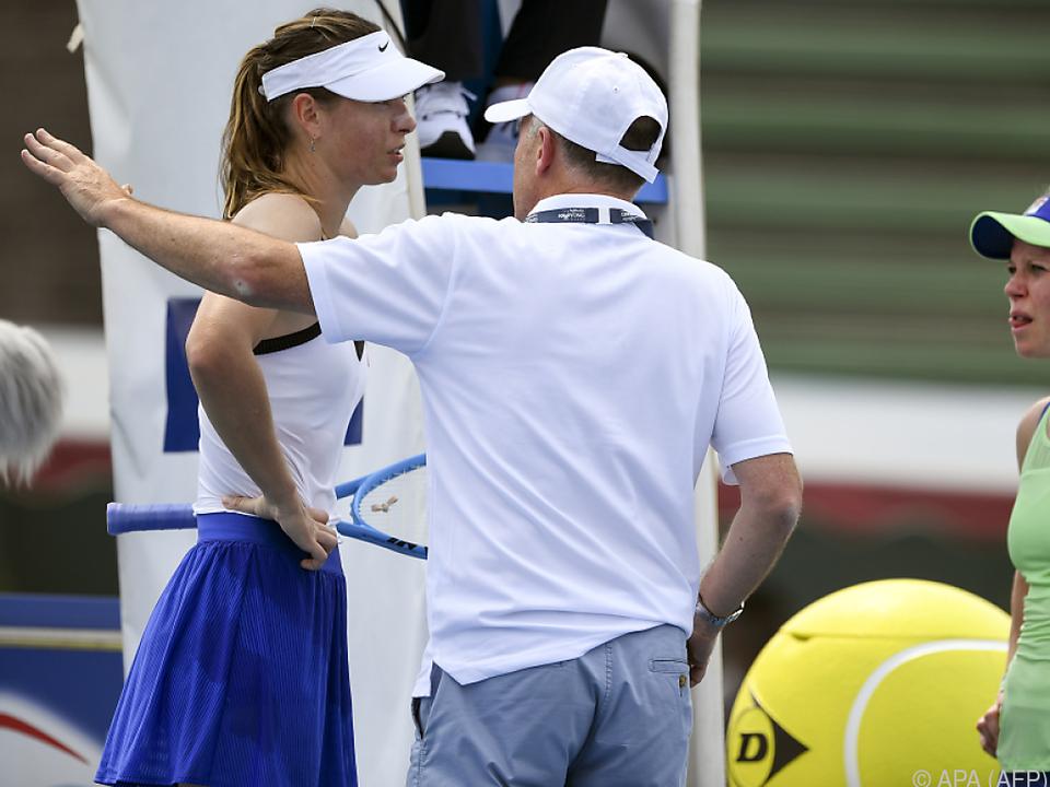 Sharapova und Siegemund mussten aufgrund des Rauchs vorzeitig aufhören