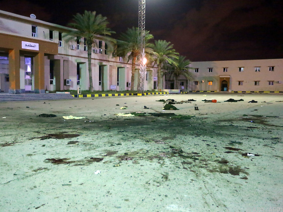 Libyen: Dutzende Tote bei Angriff auf Militärschule