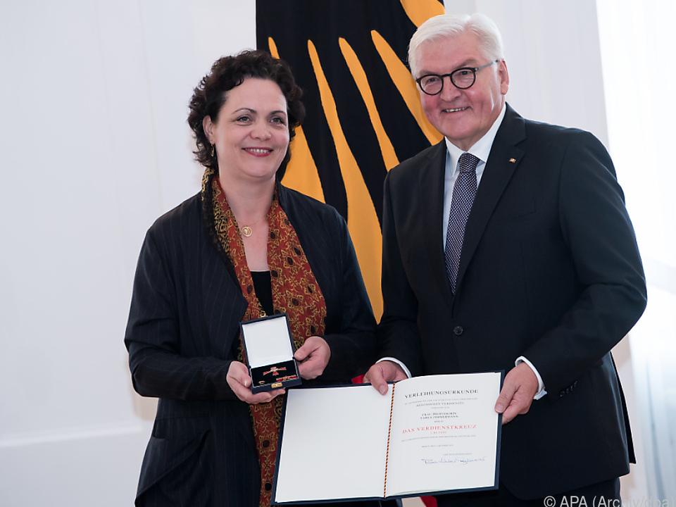 Zimmermann erhielt auch den Verdienstorden in Deutschland