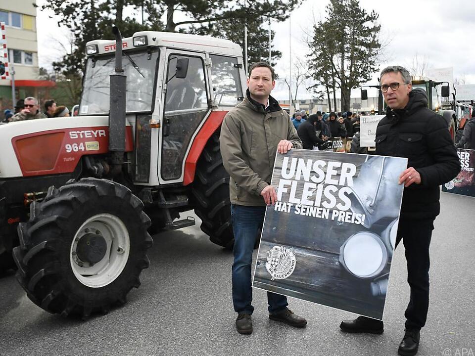 Bauern fordern ein Umdenken bei der Preispolitik der Handelskette