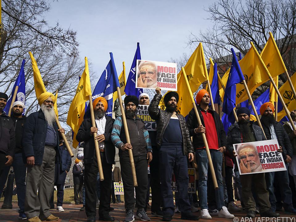 Das Treffen wird von gewaltsamen Protesten überschattet