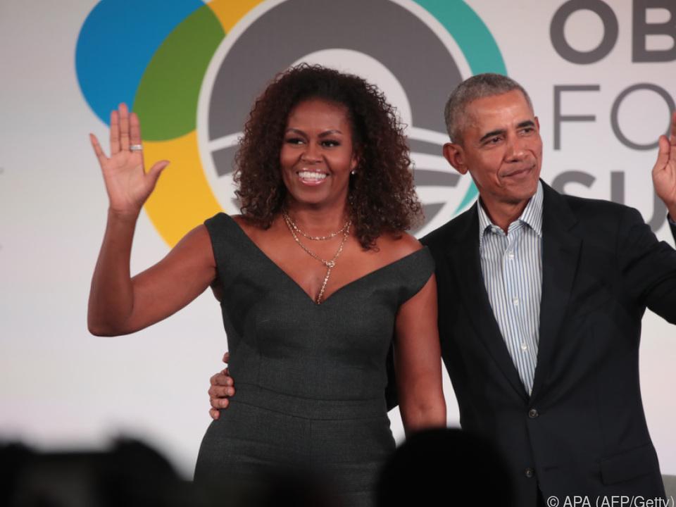 Die Obamas freuen sich