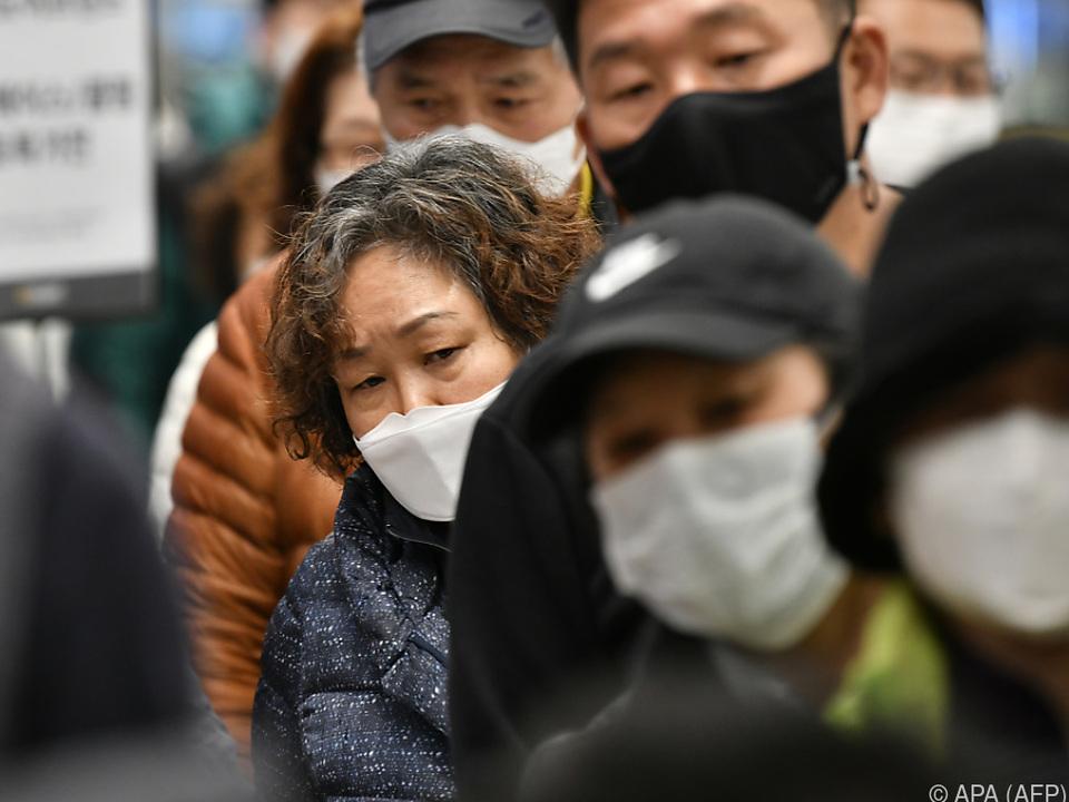 Die Zahl der Infektionen stieg weltweit an