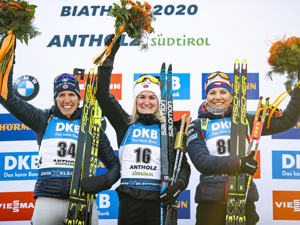 Dunklee_Susan_Roeiseland_Marte_Olsbu_Charvatova_Lucie_WM_Antholz_Sprint_Women_14_2_2020_Nordic_Focus