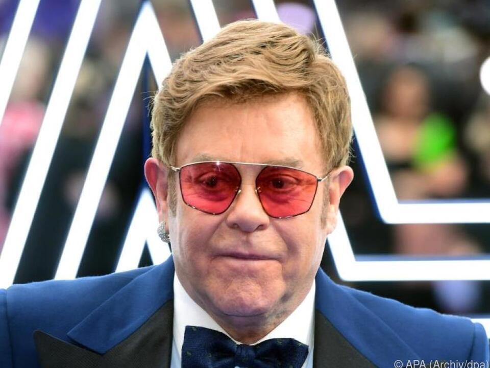 Elton John musste zuletzt ein Konzert in Neuseeland abbrechen