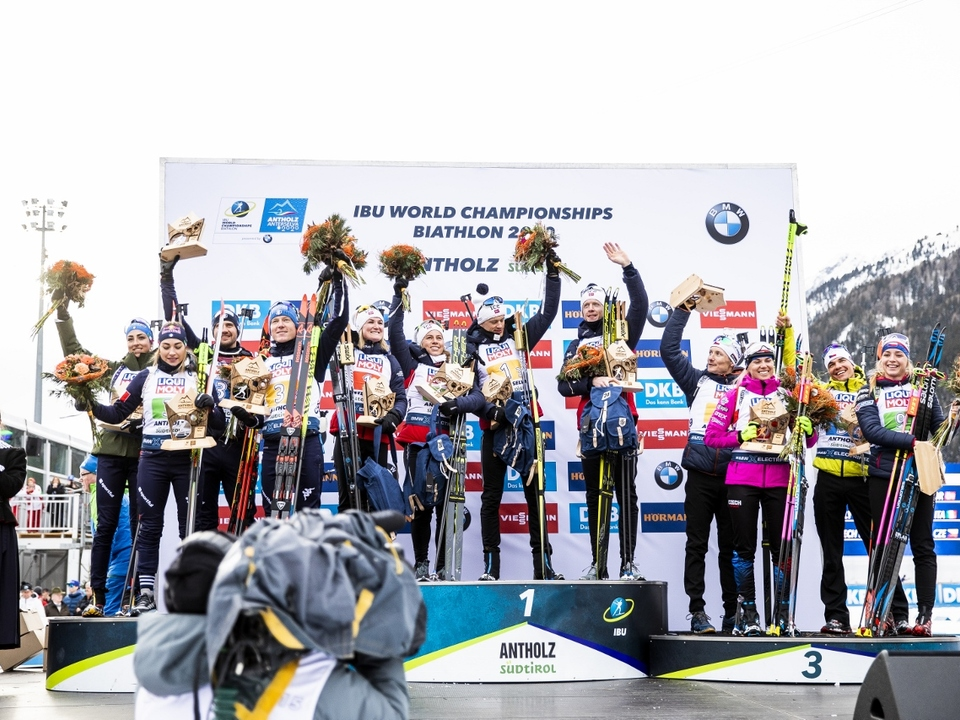 Foto_ITA_NOR_TCH_Mixed_Relay_Antholz13_2_2020_Nordic_Focus