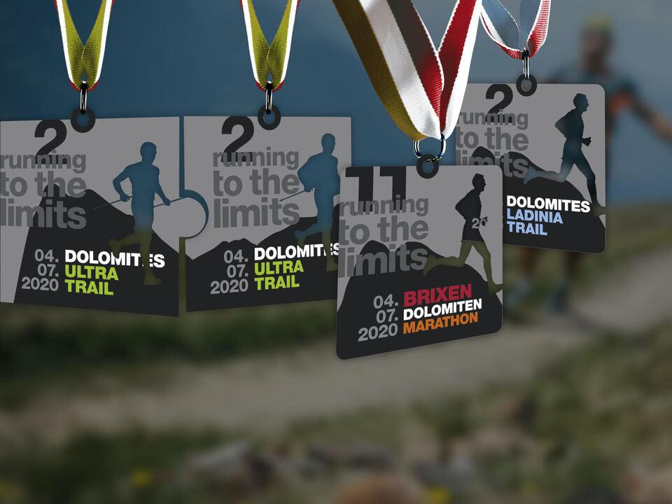 Foto_Medaille_Finisher_Brixen_Dolomiten_Marathon_2020