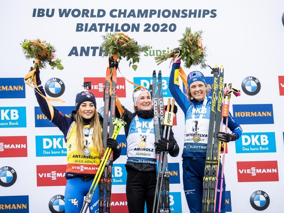 Foto_Wierer_Dorothea_Roeiseland_Marte_Olsbu_Oeberg_Hanna_Mass_Start_Antholz_A_23_2_2020_Nordic_Focus