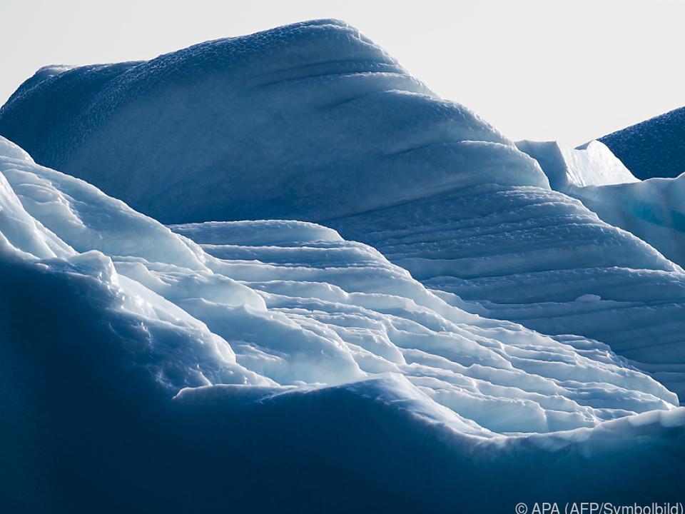 Grönlands Eisschild spürt den Klimawandel besonder stark