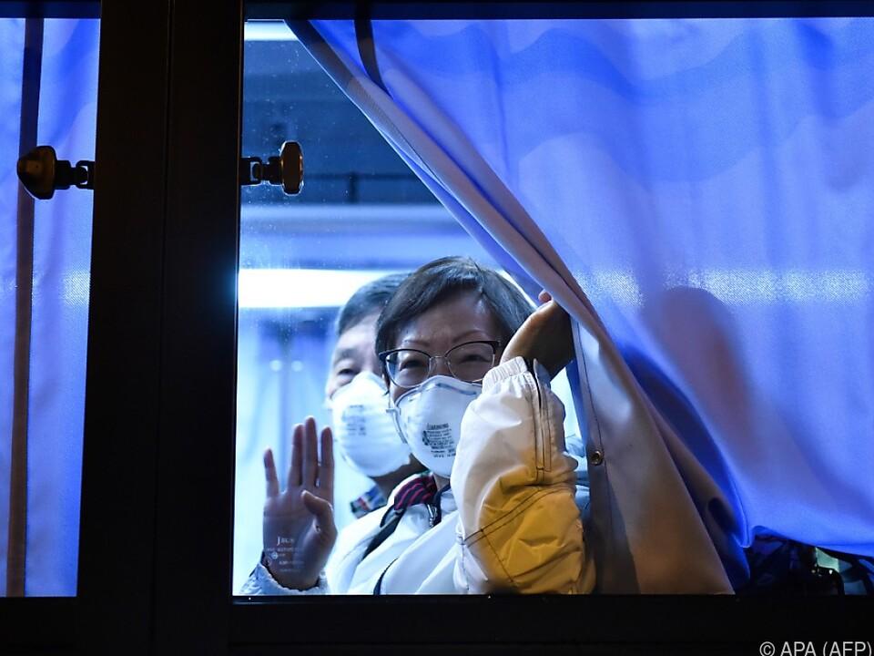 Mehr als 700 Virusfälle in mehr als zwei Dutzend Ländern