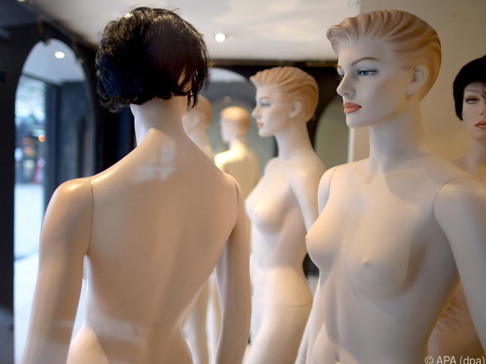Nur etwa jede dritte Frau ist mit ihrer Brustgröße zufrieden
