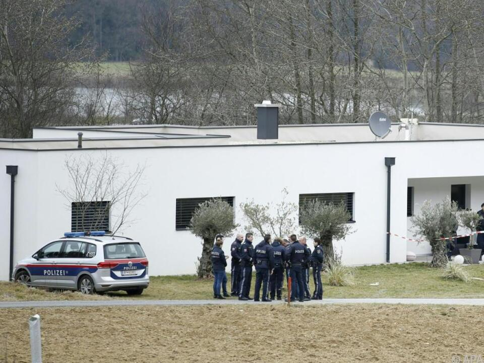 Polizei am Tatort in Großwilfersdorf
