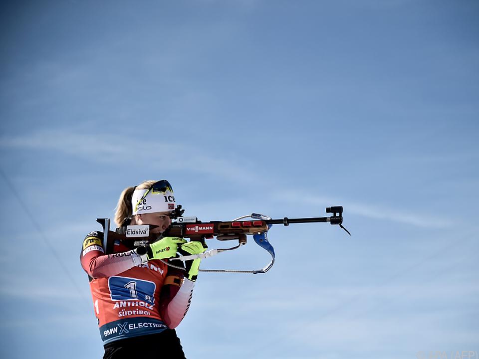 Schlussläuferin Röiseland holte schon ihre fünfte Medaille