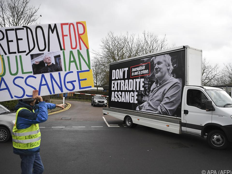 Unterstützer weltweit verlangen die Freilassung von Assange