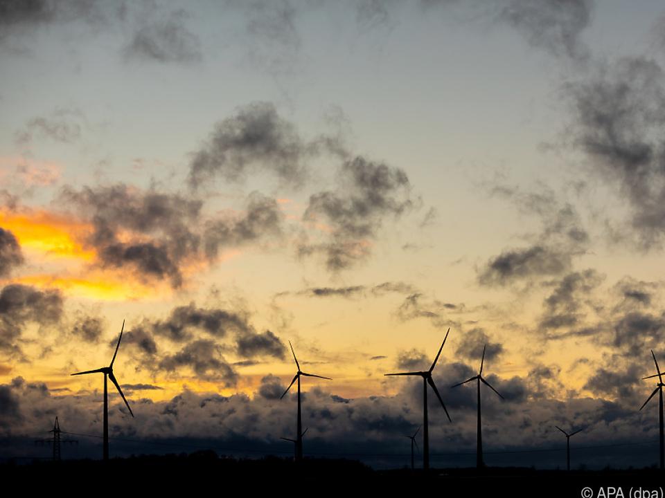 Windkraftwerkbetreiber profitieren von Starkwind