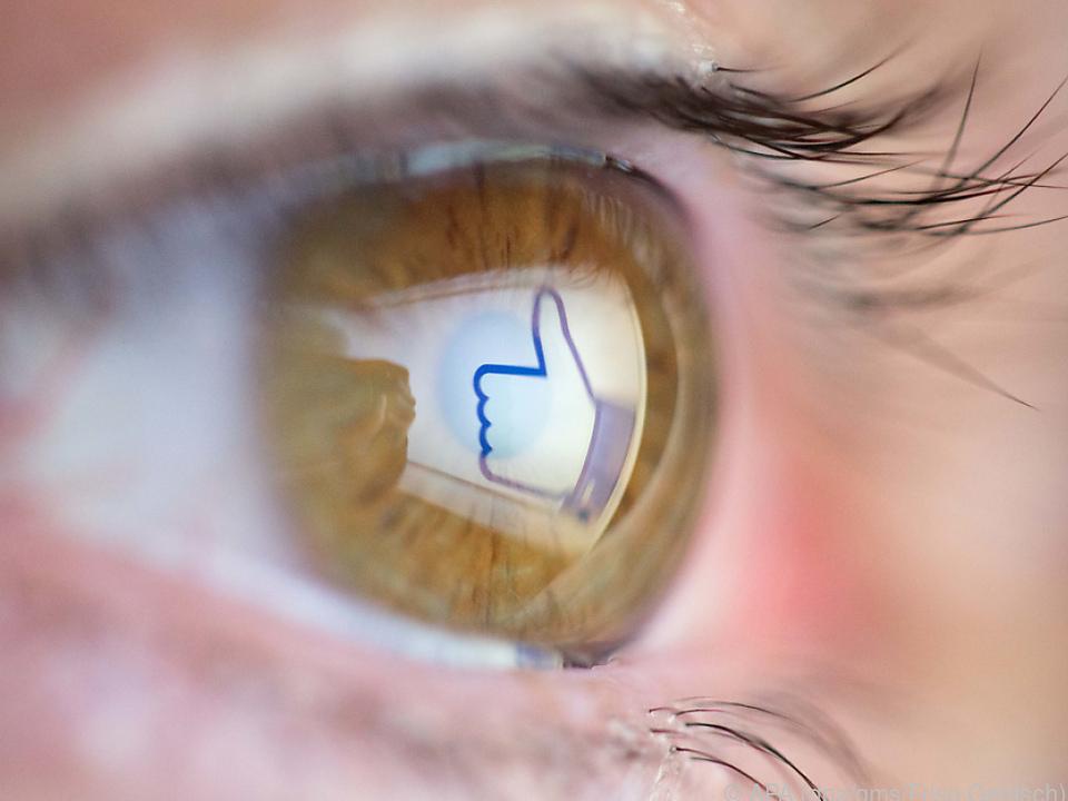 Wissen Sie, was Sie letzten Sommer bei Facebook gepostet haben?
