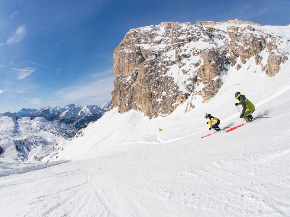Dolomitisuperski Ski fahren sym leer