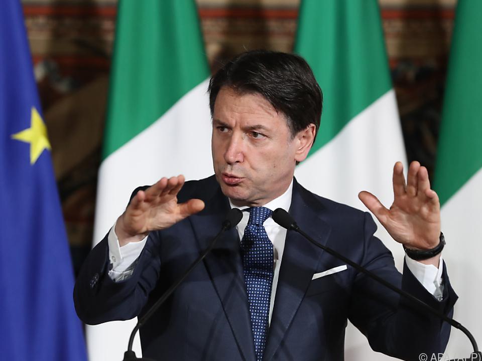 Conte will Italien weitgehend herunterfahren