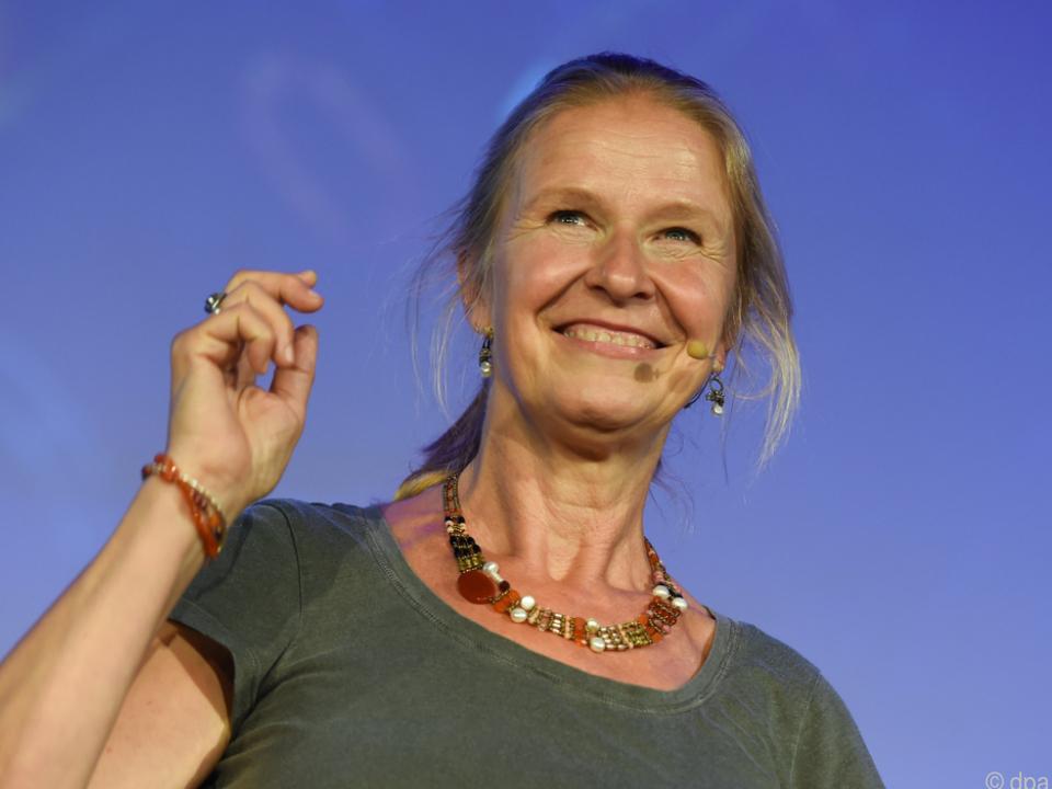 Cornelia Funke kann ihr Gemeinschaftscafe derzeit nicht aufmachen