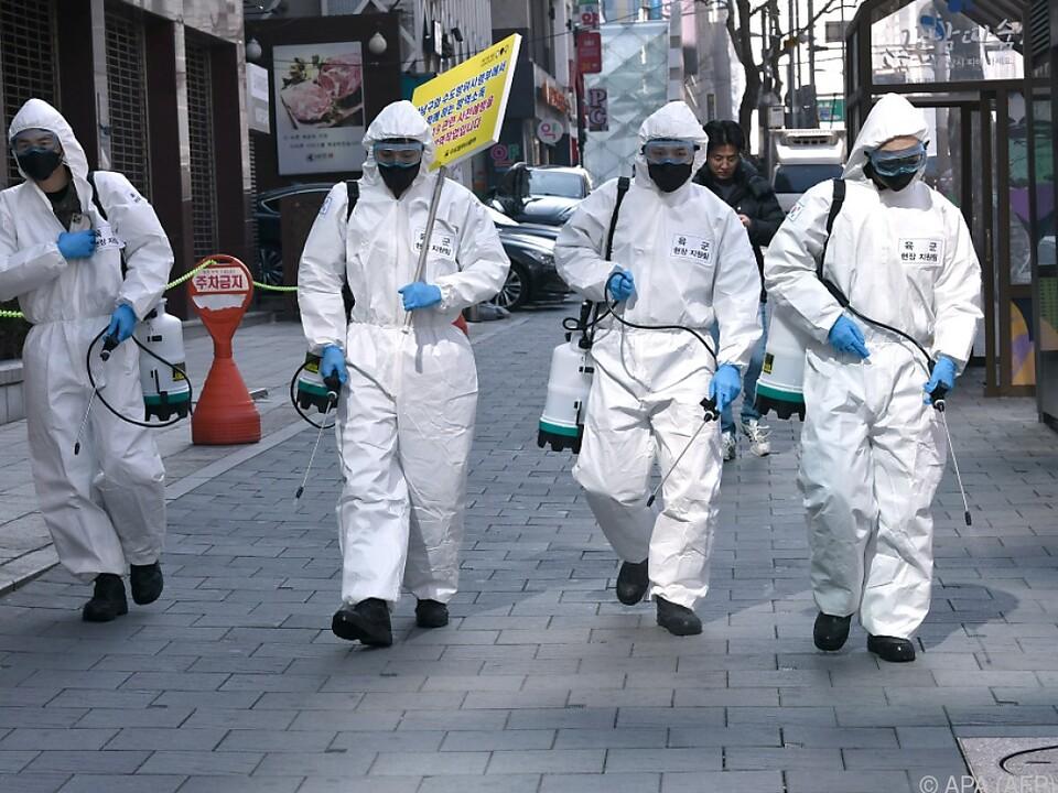 Coronavirus schwächt auch die Wirtschaft enorm