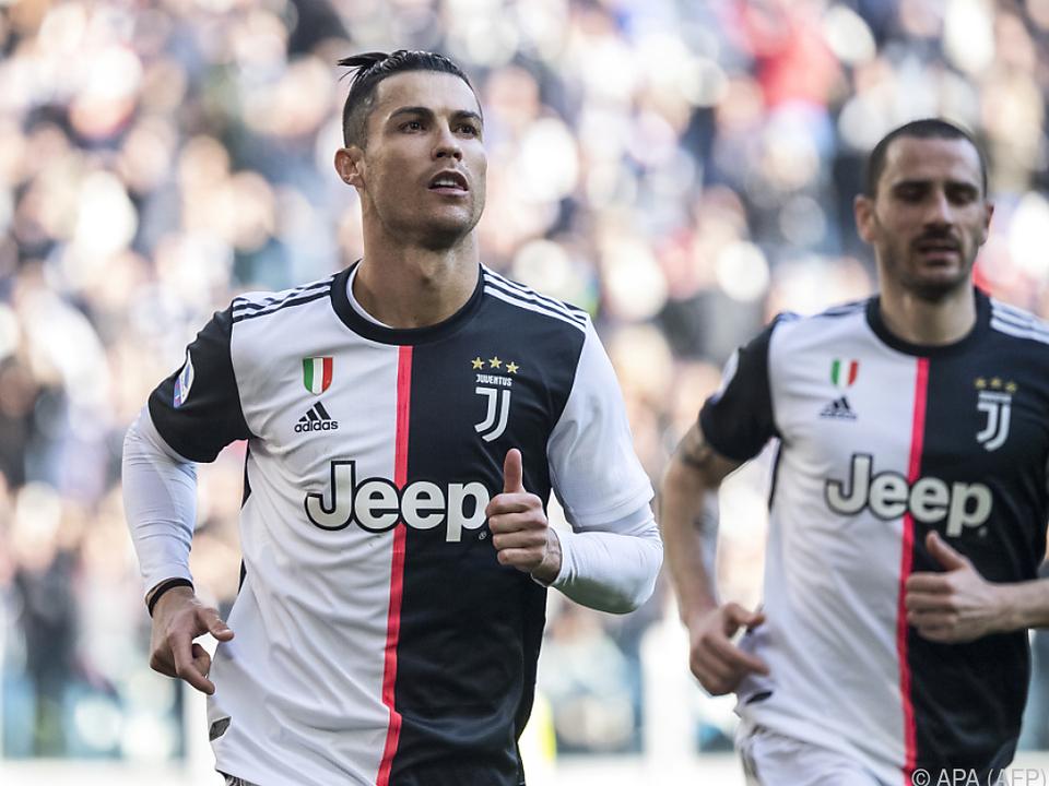 Cristiano Ronaldo und seine Teamkollegen verzichten auf Gehalt