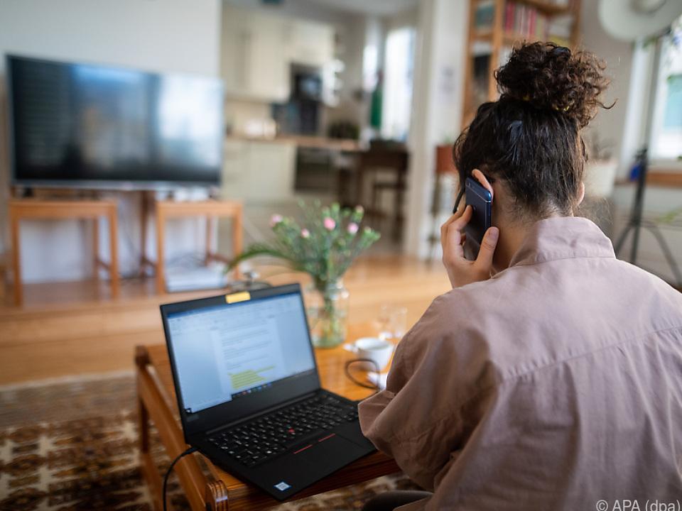 Das Gesundheitsministerium prüft Regelungen für Arbeitnehmer zu Hause
