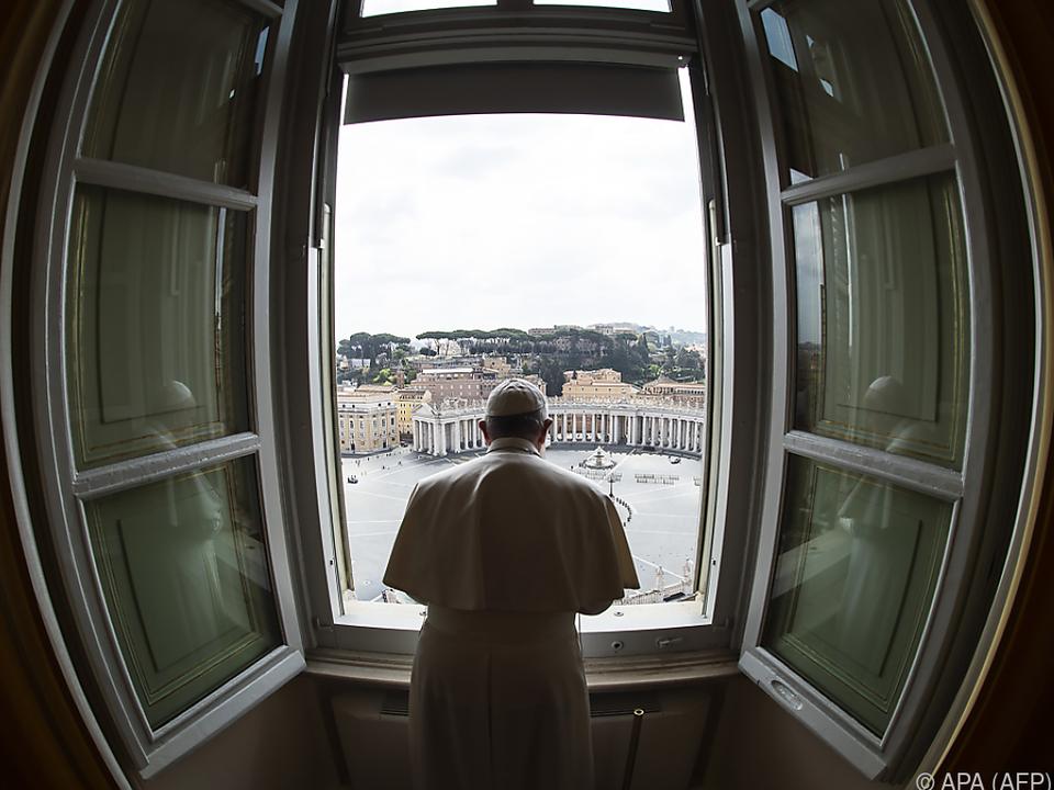 Der Papst sprach zu einem leeren Petersplatz
