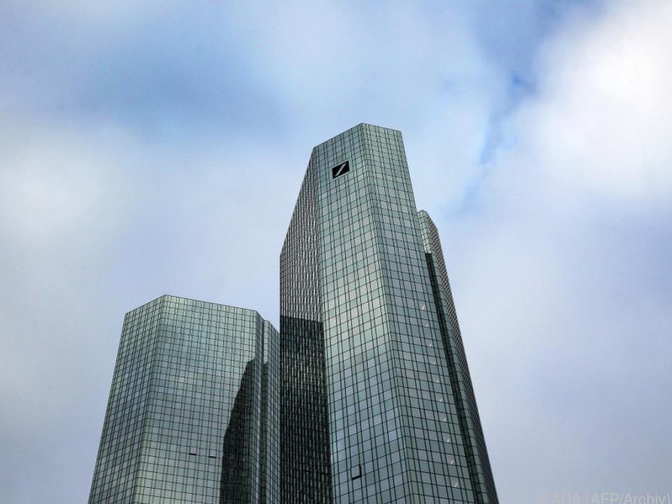 Deutsche Bank macht 1,5 Mrd. Euro locker