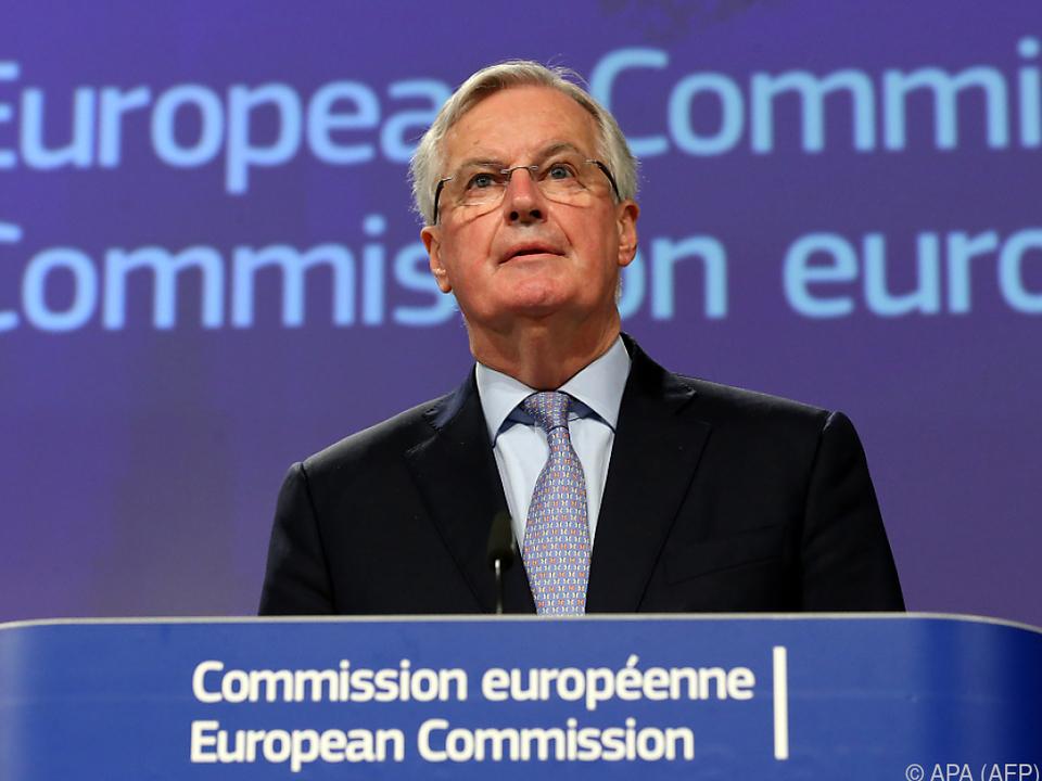 Die Gespräche gehen trotz Barnier-Ansteckung weiter