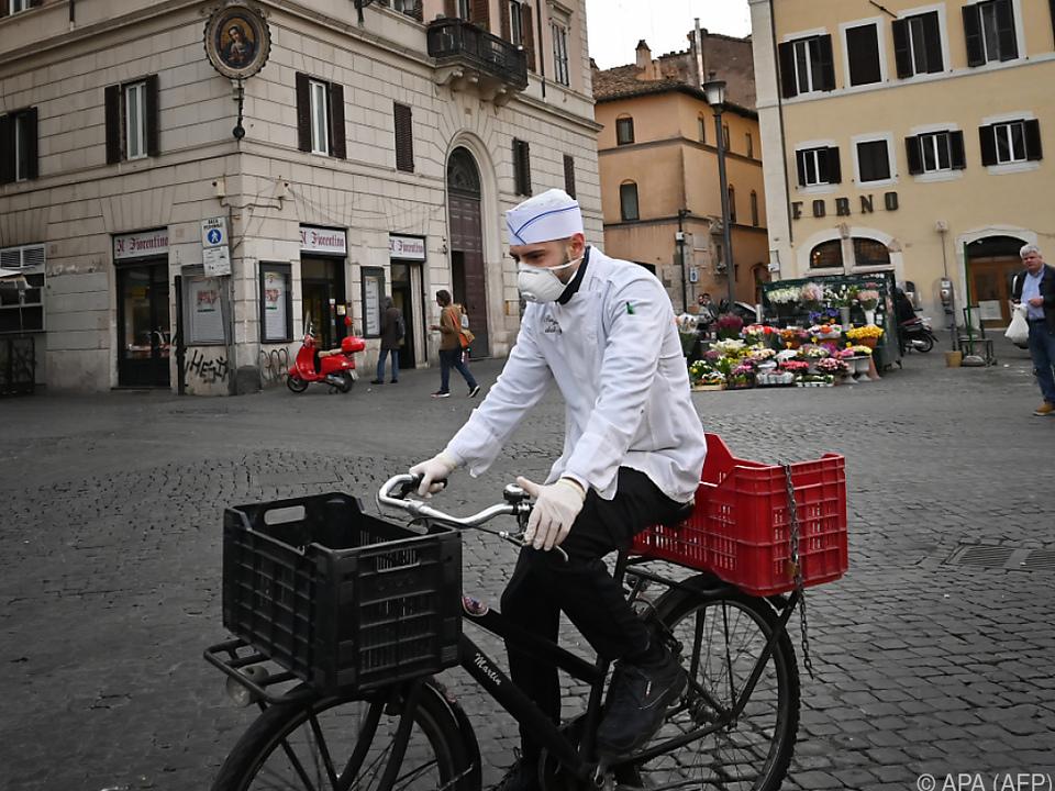 Die Zahl der Todesopfer in Italien steigt rasant