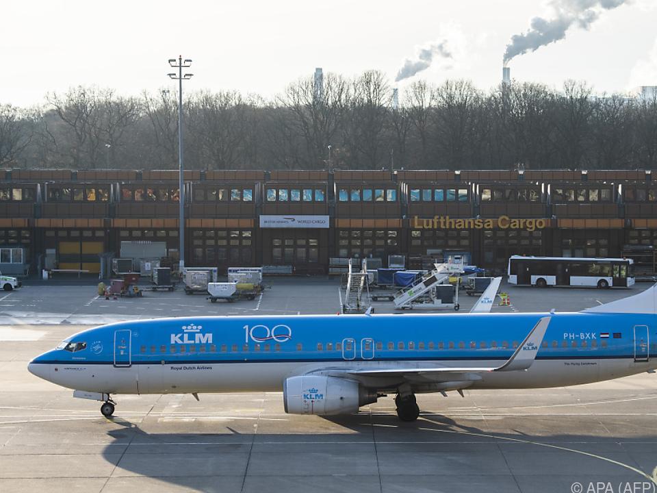 Fluggesellschaft will niederländische Regierung um Hilfe bitten