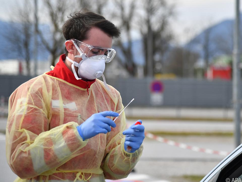 Zahl der Coronavirus-Infektion in Österreich auf 2.222 gestiegen